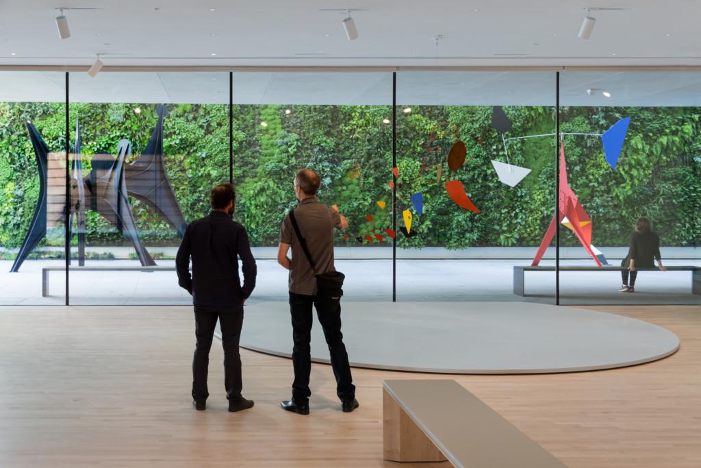 8. Alexander Calder Motion Lab The Fisher Collection exhibition at SFMOMA; photo © Iwan Baan, courtesy SFMOMA